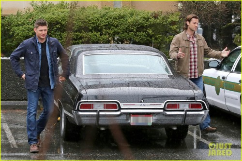 "*EXCLUSIVE* Jensen Ackles and Jared Padalecki shoot scenes from ""Supernatural"" **NO Canada, Germany, Austria**"