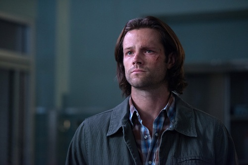 "Supernatural -- ""Out of the Darkness, Into the Fire"" -- Image SN1102A_0314.jpg -- Pictured: Jared Padalecki as Sam -- Photo: Diyah Pera/The CW -- © 2015 The CW Network, LLC. All Rights Reserved."