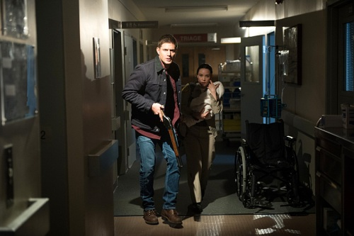 "Supernatural -- ""Out of the Darkness, Into the Fire"" -- Image SN1102B_0134.jpg -- Pictured (L-R): Jensen Ackles as Dean and Laci J. Mailey as Jenna Nickerson -- Photo: Diyah Pera/The CW -- © 2015 The CW Network, LLC. All Rights Reserved."