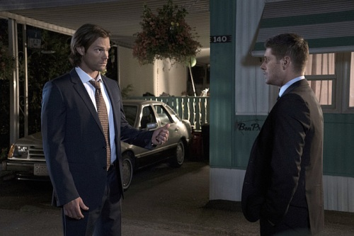 """Supernatural -- """"Thin Lizzie"""" -- Image SN1105a_0224 -- Pictured (L-R): Jared Padalecki as Sam and Jensen Ackles as Dean -- Photo: Katie Yu/The CW -- © 2015 The CW Network, LLC. All Rights Reserved."""