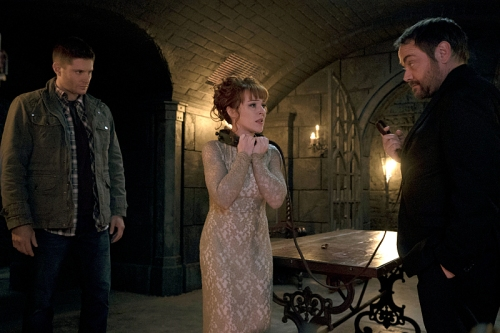 "Supernatural -- ""The Devil in The Details"" -- Image SN1110A_0049 -- Pictured (L-R): Jensen Ackles as Dean, Ruth Connell as Rowena, and Mark Sheppard as Crowley -- Photo: Katie Yu/The CW -- © 2016 The CW Network, LLC. All Rights Reserved."